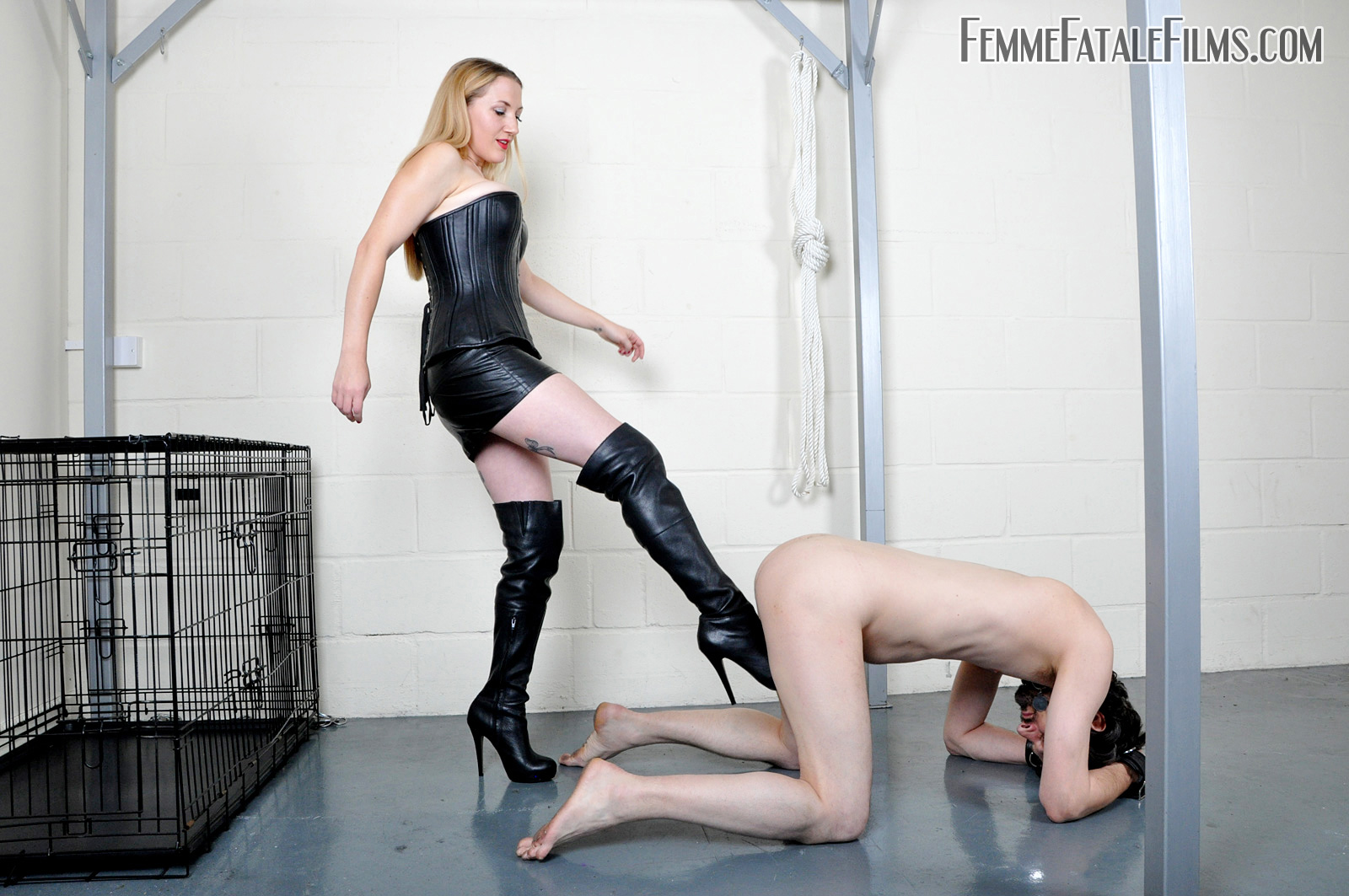 Mature Leather Gloves Blowjob