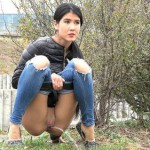18.03.2016 – Behind The Bush – outdoor, panties piss, pee