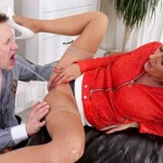 20.03.2016 – Tainster – Young assistant gets covered by piss – drink urine, golden shower, pee