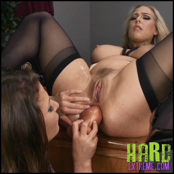 Hardcore threesome dildo rough xxx nina