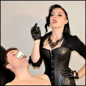 Release 19.04.2016 – FemmeFataleFilms – Lady Sophia Black – Enjoy My Smoke Part 1 – leather gloves, smoking, spitting, depfile