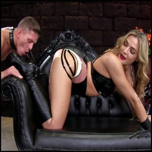 Release 20.04.2016 – Femdomempire – Blaire Williams – Amazonian Boot Cleaning – footfetish, footdomination, barefoot, depfile
