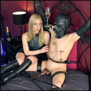 Release 18.04.2016 – TheEnglishMansion – Mistress Sidonia – Bondage Toy Drink Stand Part 1-2 – ball abuse, ballbusting, cbt, humiliation, depfile