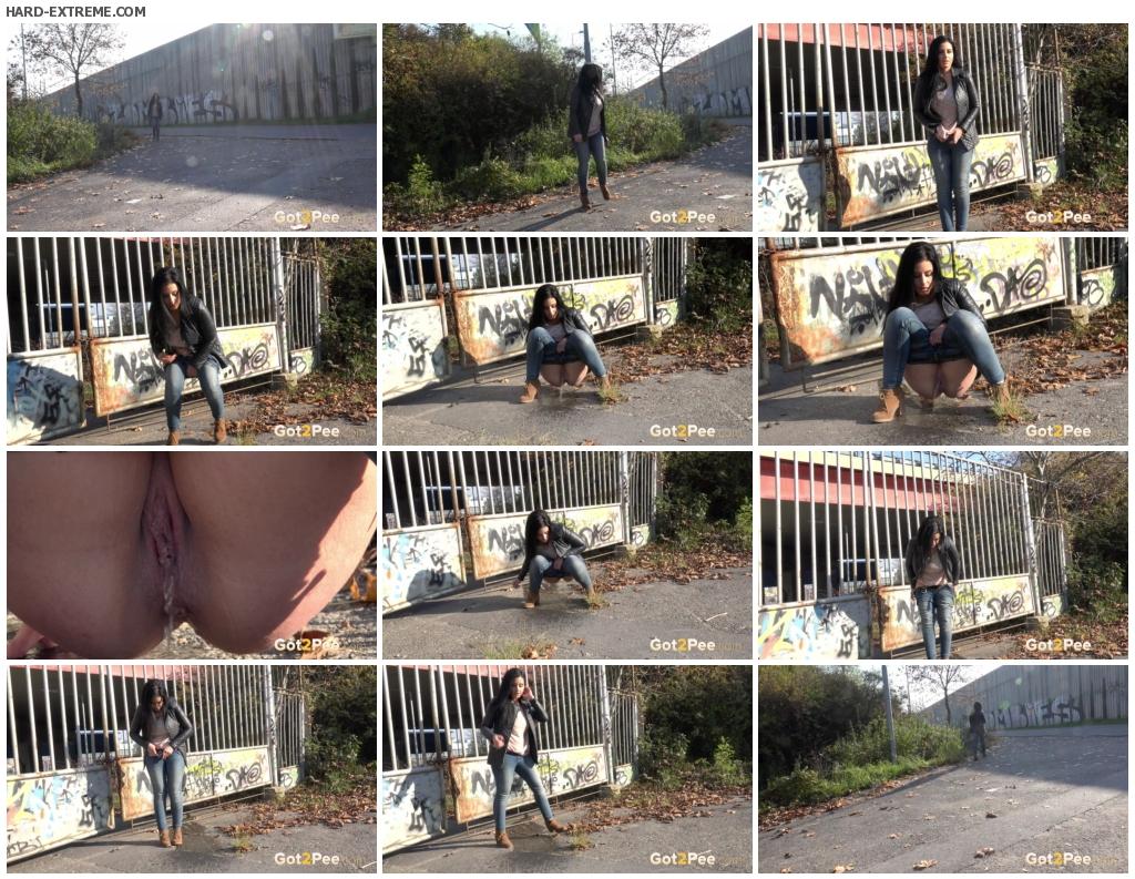 Graffiti Girl_thumb (2)