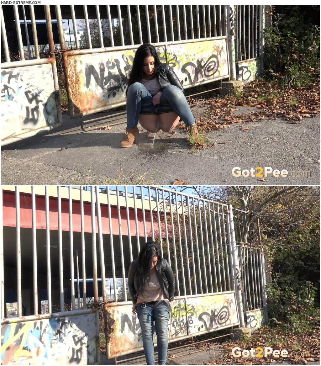 Graffiti Girl_thumb