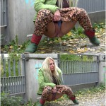 Release 06.04.2016 – G2P – Leopard Print Leggings – Full HD-1080p, got2pee, outdoor, pee, Peeing, depfile