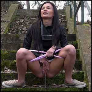 Release 21.04.2016 – G2P – Wide Apart – Full HD-1080p, got2pee, outdoor, pee, depfile