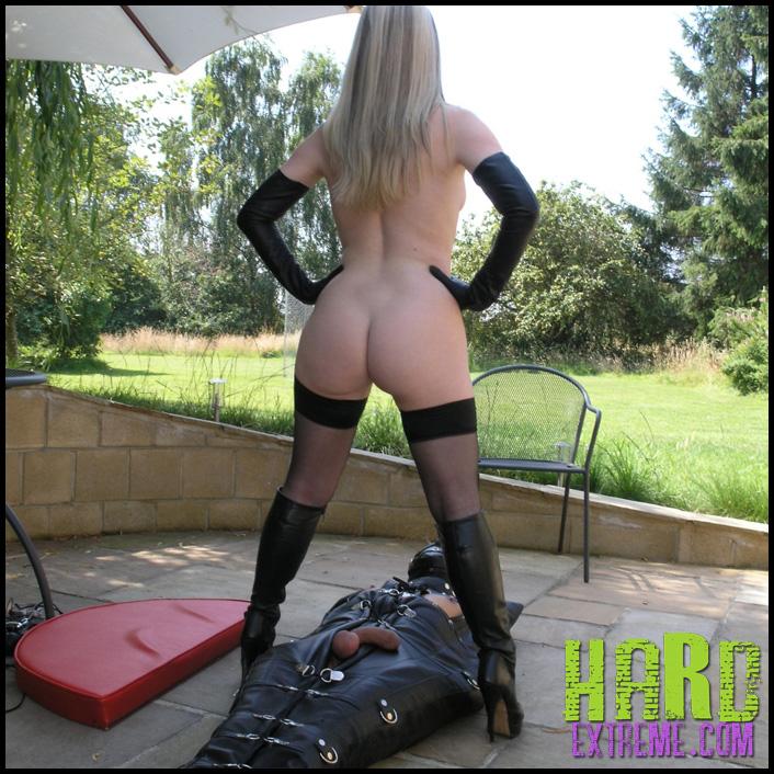 1463644855_leather-bondage-sack-06