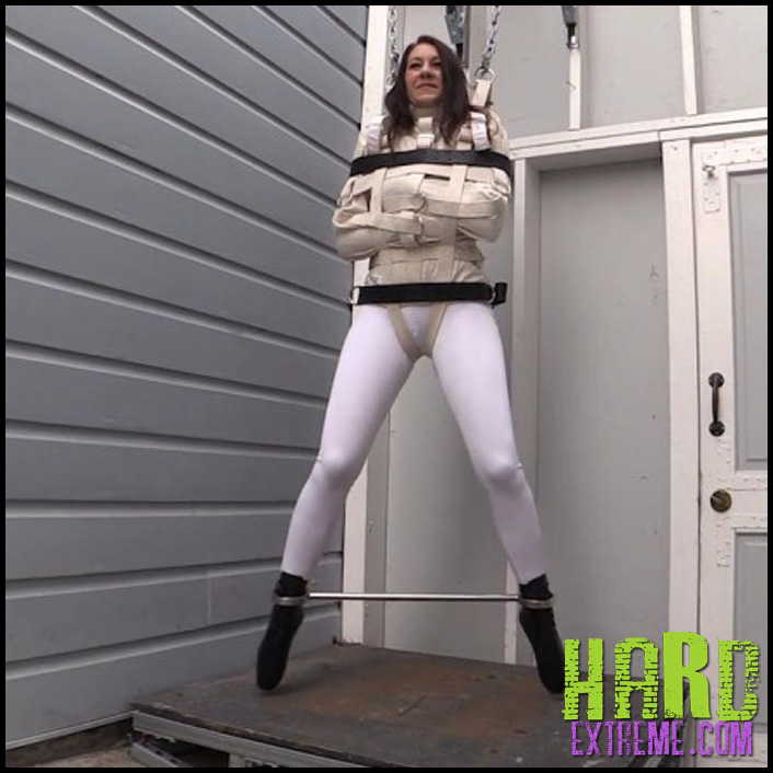 Charlotte_Fetish_Swinging_Life_Away_Part1_R525.mp4_snapshot_07.18_2016.01.02_22.44.56-800x450