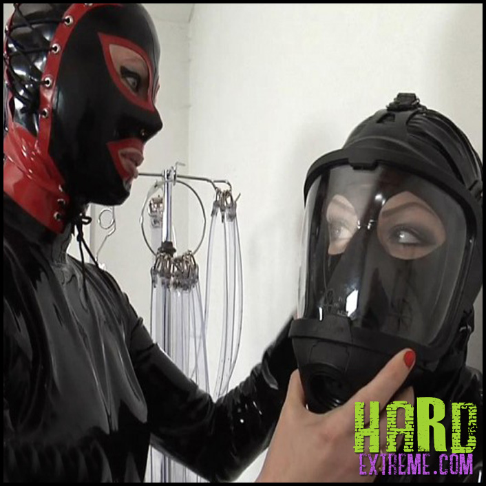 Inflatable_Bag_and_Electrostim_Anna_Rose_and_Amarantha_LaBlanche_Part1-800x450
