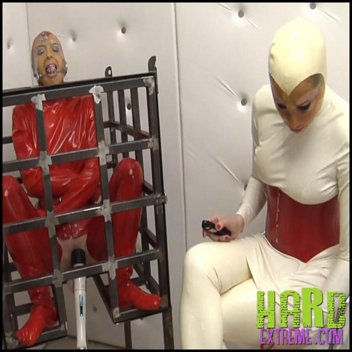 Red_Cage_Anna_Rose_and_Elise_Graves-800x450