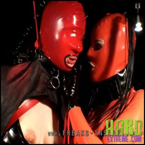 Release 07.08.2016 – Wrapped Fuck – Lady Seraphina And Denise Part One. Freaksinside.com – HD, latex, Rubber, extreme