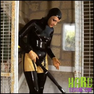 Release 19.08.2016 – Cleaning Work – Cynth Icorn Part One. Freaksinside.com – HD, latex, Rubber, extreme