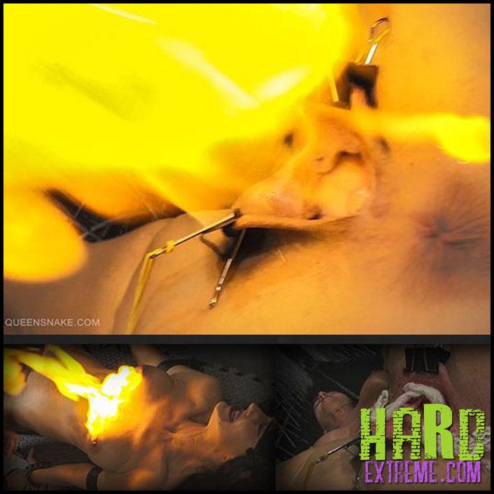 Queensnake - FLASH - TANITA - Full HD-1080p, queensnake.com, Tanita, fire, flash-cotton, burning