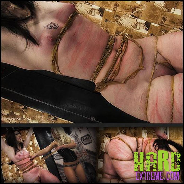 Queensnake - TABBY - Full HD-1080p, queensnake.com, Jade, Tracy, rubber-band, stripes