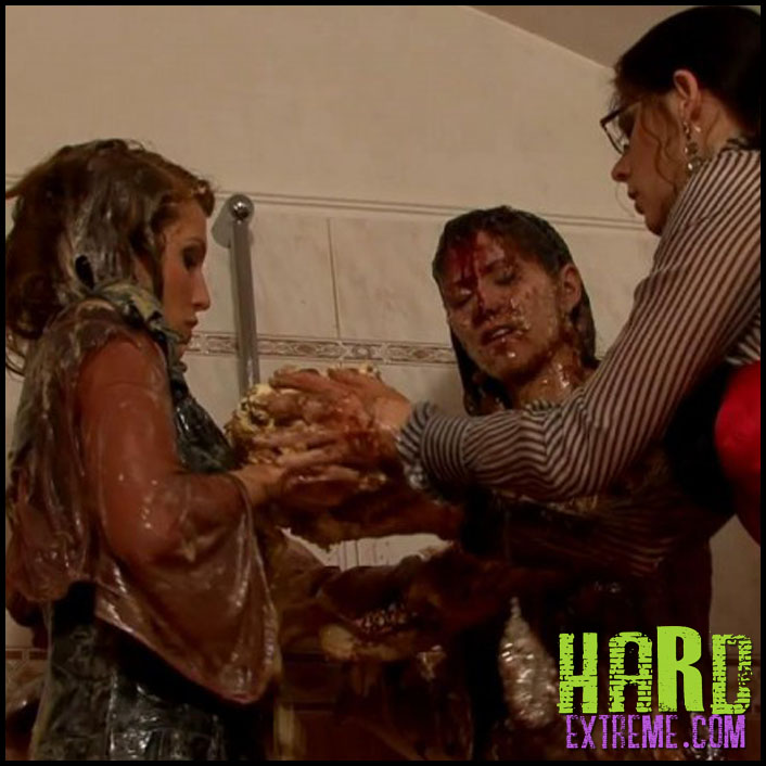 074alw_dessert_disaster_lellou_amanda_vamp_barbara_sweet-800x450