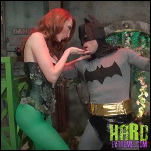 Release September 16, 2016 – Kendra James Superheroine World – Kendra James – Poison Kisses – Full HD-1440p, FACE SITTING