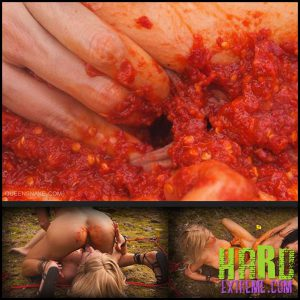 Release September 21, 2016 – Queensnake – Spicy Sharon – Full HD-1080p, pepper, chili, stuffing, insertion