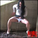 Chloe Lovette – Full HD-1080p, pissing, public piss, solo, (Release October 18, 2016)