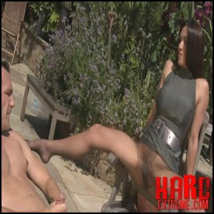 Driver Gets a Foot Wank – Full HD-1080p, drink urine, golden shower, Peeing (Release October 23, 2016)