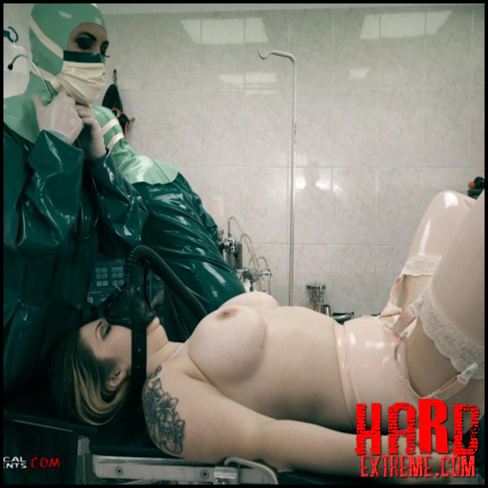 emergency_room_hannah_md_miss_trixx_and_lucia_love_part_one_clip284-800x450