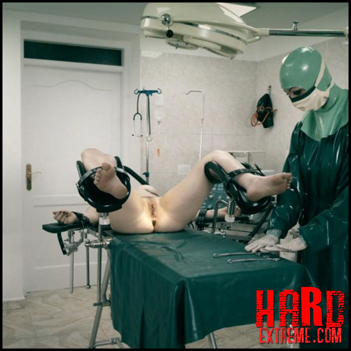 emergency_room_hannah_md_miss_trixx_and_lucia_love_part_two_clip289-800x450
