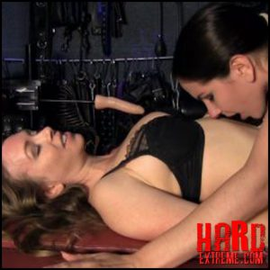Release October 16, 2016 – Goddess Alexandra Snow – Alexandra Snow, Mistress T – Tantalizing Makeout with Mistress T – HD -720p, SPITTING, LESBIAN, SPIT FETISH, MOUTH FETISH