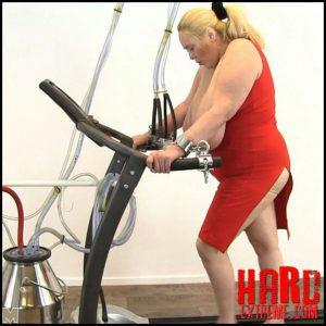 Maggy – treadmill HuCows.com – Full HD-1080p,  breast milk, milking machine (Release November 25, 2016)