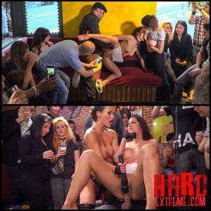 Public Slut Works the Crowd – HD, Bondage, Kinky Porn (Release November 16, 2016)