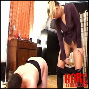 Riding Time P2 – Berlin Piss Dom – golden shower, Mistress, piss dom, punishment (Release November 28, 2016)