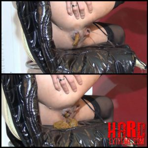 Poo on a shiny Jacket (Part 1) – Full HD-1080p, solo scat (Release December 07, 2016)