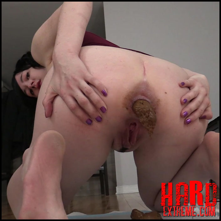 Young moms bent over nude