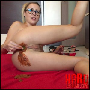1st Poop Lick Ella Gilbert Scat – Full HD-1080p, Ella Gilbert video, scat solo (Release January 07, 2017)