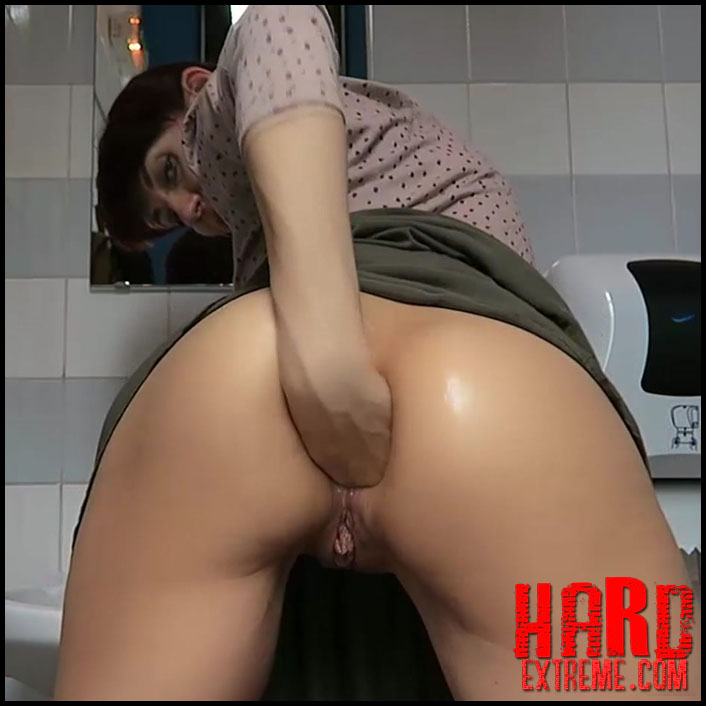 Blonde Fucked Public Toilet
