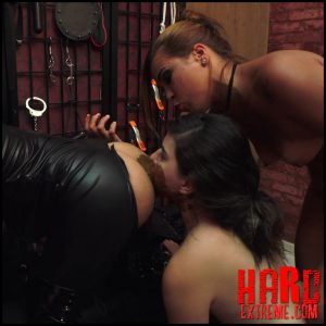 SLAVE SELLER – Ultra HD-4K, Bruna, Chimeny, Lust, MFX scat download, brazilian scat (Release February 10, 2017)