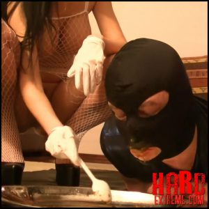 Silicone Godess exposing her huge tits while feeding toilet – Toiletslaveanddommes scat – Full HD-1080p, depfile scat (Release February 19, 2017)