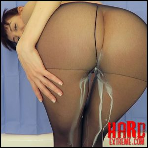 Mylene – Milk enema with pantyhose on – Full HD-1080p, super milk fist (Release March 03, 2017)