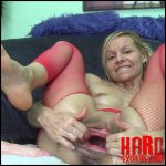 Raisawetsx – PUSS TOYS STUNT SHOW – Full HD-1080p, crazy pussy fisting, hardcore pussy fisting (Release March 27, 2017)