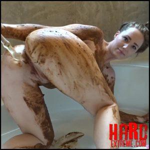 Goddess Ryan – Body Smear Shit Anal Glass Fuck – Creampie My Asshole – Full HD-1080p, kaviar scat, poop smear (Release April 28, 2017)