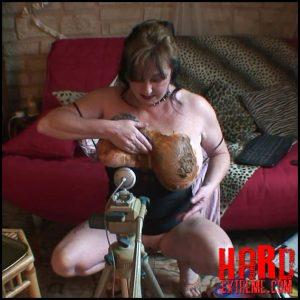 Webcam scat show – Chienne Mary French scat slut – Full HD-1080p, scatology, amateurs scat (Release April 28, 2017)