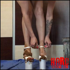 EllaGilbert – Extreme High Heels gone Dirty – Full HD-1080p, defecation, scatology, poop, shit (Release August 23, 2017)
