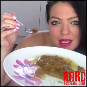 Evamarie88 – Feeding Toilet Slave His Dinner – Full HD-1080p, scat defecation, scatology, poop (Release August 30, 2017)