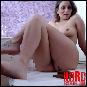Moanavoglia – Shit doggystyle – Full HD-1080p, Efro, dirty anal, shitty panties (Release September 6, 2017)