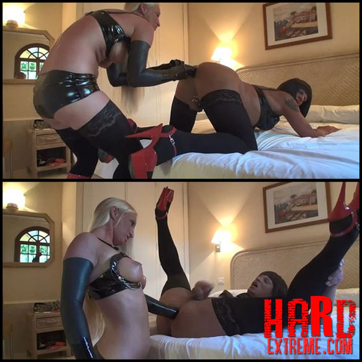 Lesbian Anal Fisting Webcam