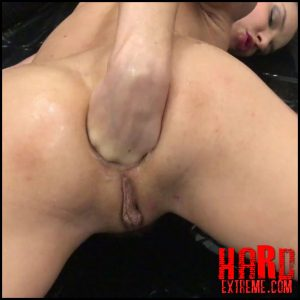Henessy – Anal Fisting with Oil – Full HD-1080p, extreme solo fisting, extreme fisting pussy (Release October 12, 2017)