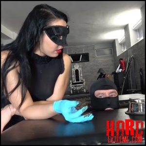 MISTRESS GAIA – TRAINING MY NEW TOILET SLAVE Pt2 – Ultra HD-4K, defecation, scat swallow, scat humiliation (Release December 26, 2017)