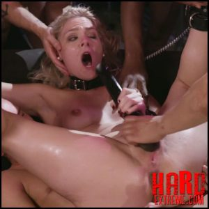 Kink – Caged Gangbang Slut: Submissive Lisey Sweet Gets Holes Cracked Open – HD-720p, Blonde, cage, First Gangbang (Release December 19, 2017)