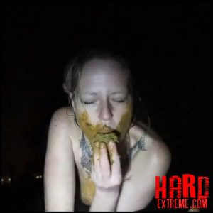 Scatsusan – Farted out in the dark outdoor my enema – Full HD-1080p, Amateurs Scat, Defecation, huge turds (Release December 19, 2017)