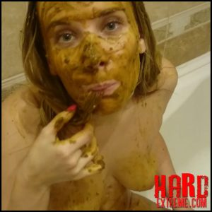 Brown wife – Shit is the basis of beautiful hair – Full HD-1080p, pooping girls, shitting girls (Release February 18, 2018)