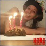 KV-TEEN – I shit a birthday cake – Full HD-1080p, poop, shit, kaviar scat, pooping girls (Release May 31, 2018)